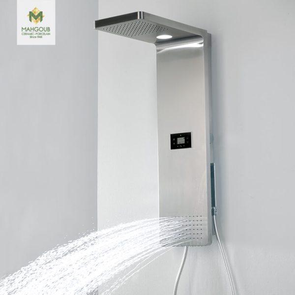 mahgoub-shower-look