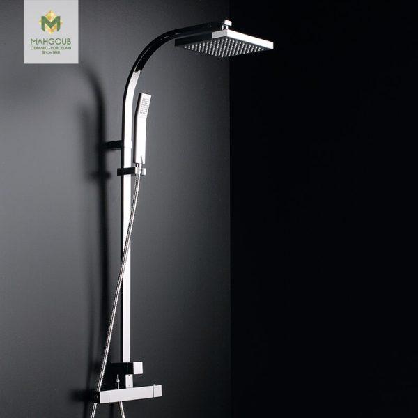 mahgoub-shower-tina-monomando
